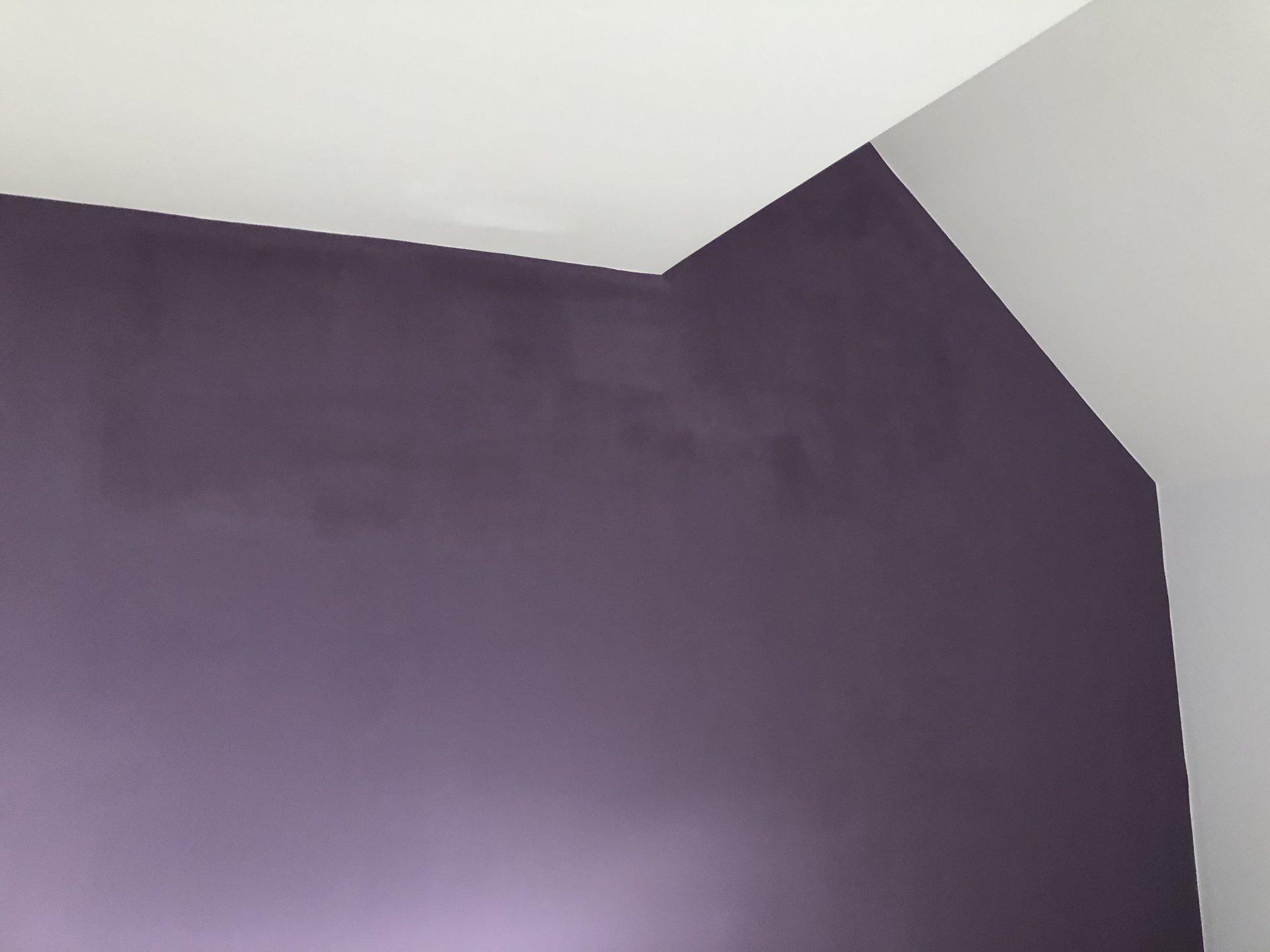 Super Wand nach streichen fleckig BE53