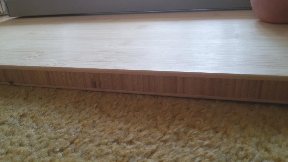Holzplatte auf Ikea-Rahmen befestigen