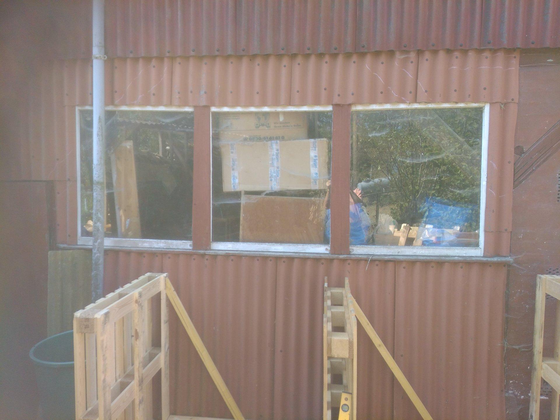 Holzlager aus Paletten (5).jpg