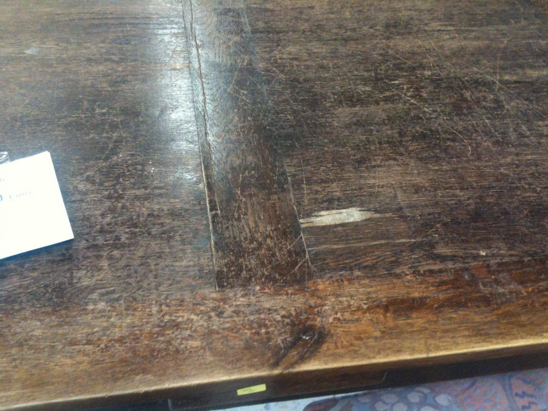 die alten holzbalken wurden fachmnnisch restauriert und. Black Bedroom Furniture Sets. Home Design Ideas