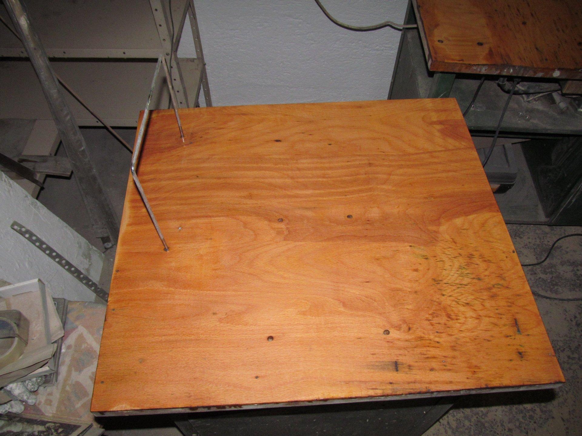 Holztisch aufarbeiten - Farbige Lasur oder Öl