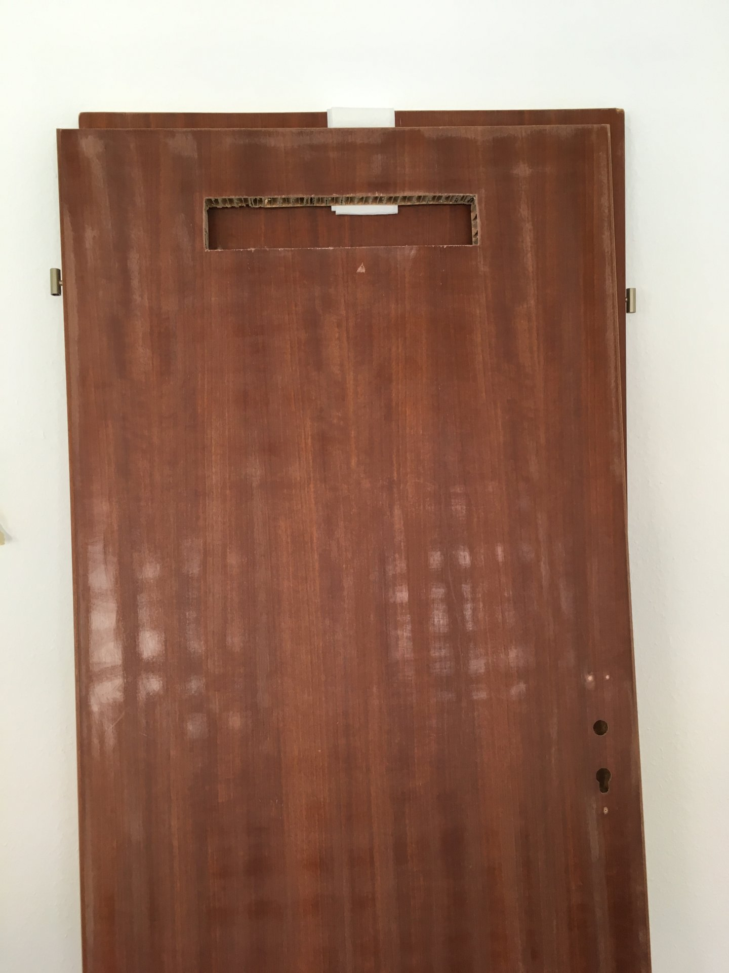 Fabulous Braune Holzfurnier-Tür weiß lackieren PV24