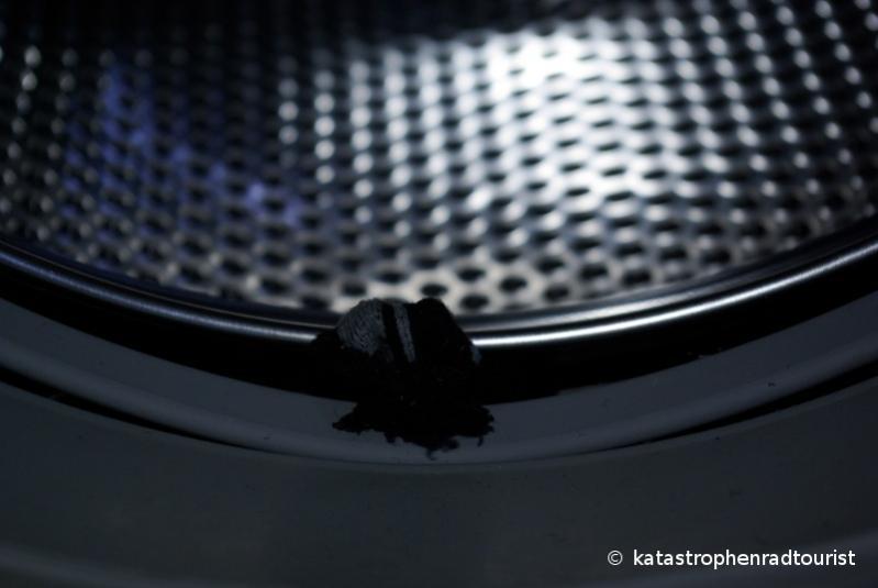 Rettungsaktion Missgluckt Kleiderbugelhaken In Waschmaschine