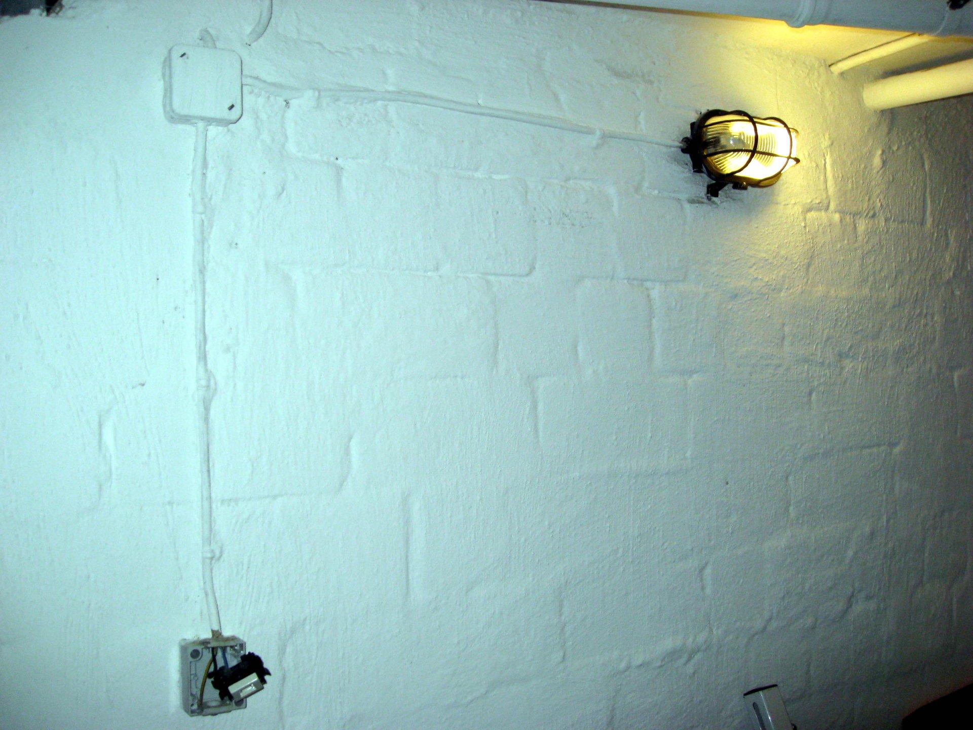 Steckdose + Lichtschalter Kombination