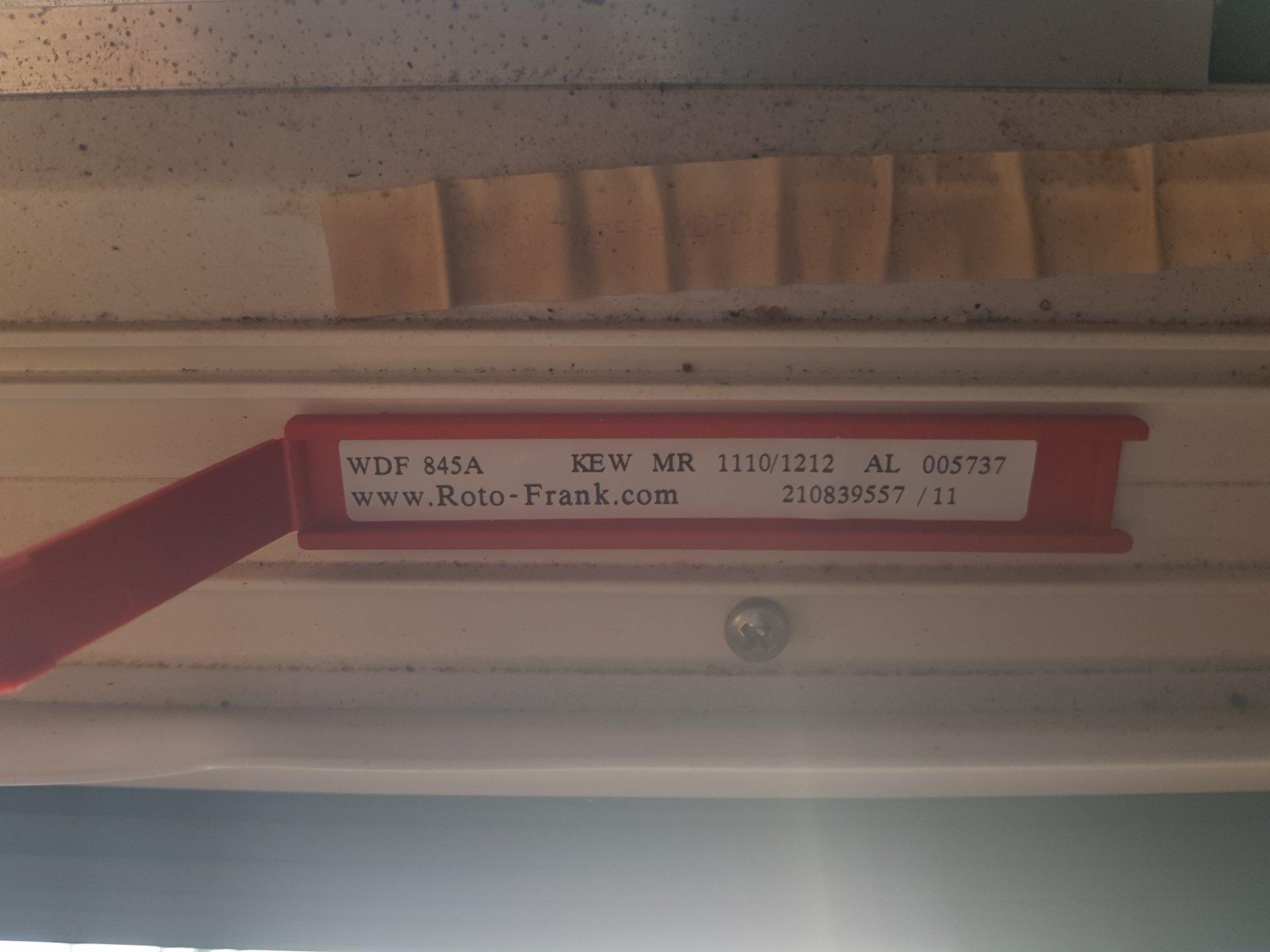 Häufig Roto Verdunkelungsrollo reparieren VF24