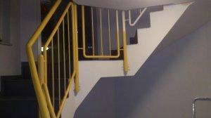 treppenhausgel nder br stung in trockenbauweise. Black Bedroom Furniture Sets. Home Design Ideas