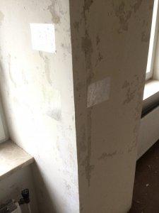 Wir Haben Vor Zwei Wochen Begonnen Tapeten Von Samtlichen Wanden In Unserem Zukunftigen Haus Zu Entfernen Im Dritten Raum Tauchten Dann Plotzlich